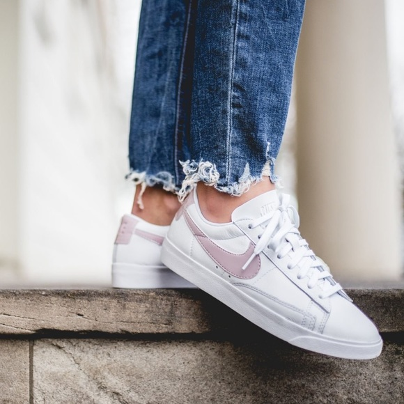 the latest 51295 170ef Brand New Nike Blazer Low LE Particle Rose